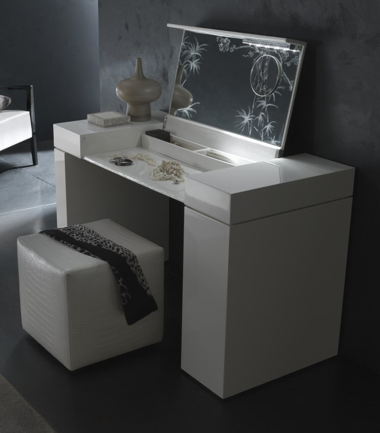 Rossetto furniture nightfly white dressing table modern essentials - Modern black dressing table ...