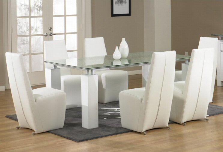 Star International Tiffany Dining Room Table